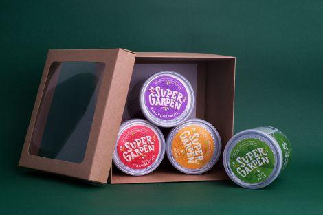 Ruda dovanų dėžutė